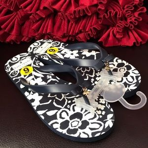 Kat Spade flip flop size 9 and 7 available in navy